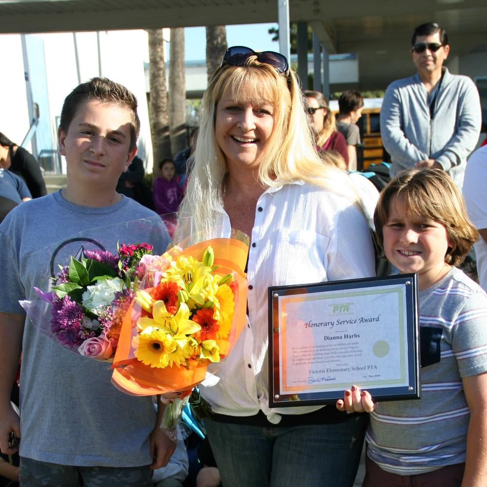 Diana Harbs with her family